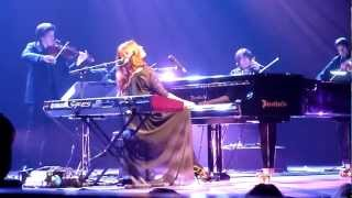 Tori Amos - Nautical Twilight [] Beauty Queen/Horses (Amsterdam, NL 2011-10-18)