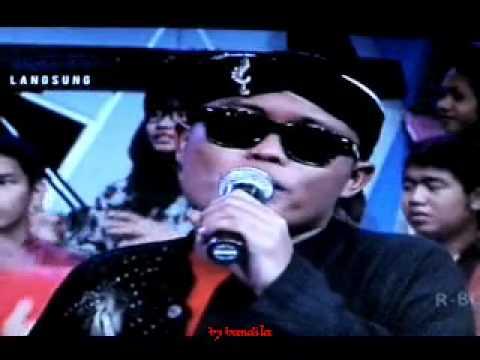 Sule feat Ikhi - papa telephon live on DAHSYAT