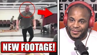 Zapętlaj Brock Lesnar training for Daniel Cormier! - DC vs Brock confirmed by Dana! - Bisping on Garbrandt | MMA FOCUS