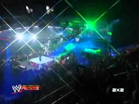 RAW и 2x2: Возвращение Triple H и Undertakera