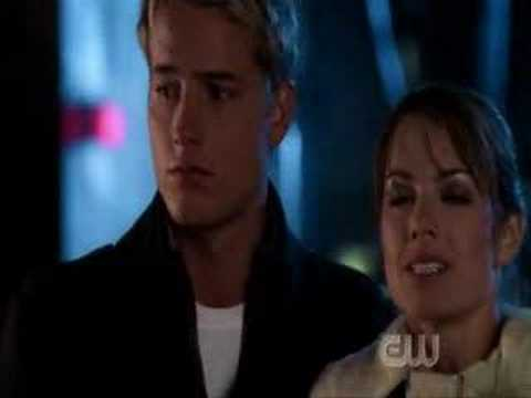 Download Smallville - First clois kiss