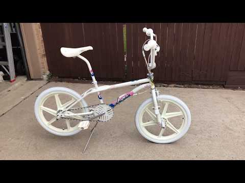 1987 GT Performer Freestyle BMX Bike