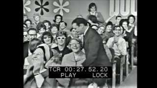 The Mike Douglas Show - October 19, 1965