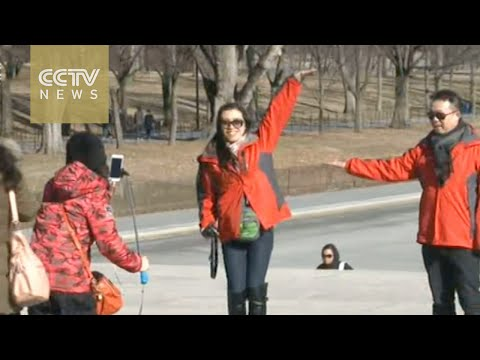Chinese tourists being asked to mind their manners