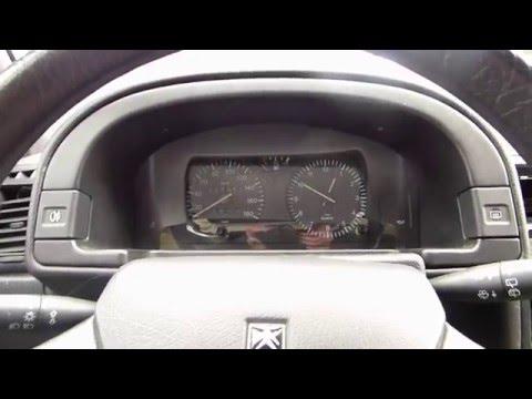 Comment démonter le compteur sur Citroën AX