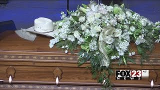 Emotional tribute given to Leon Russell at south Tulsa service