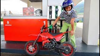Funny Baby Ride on New Dirt Cross Bike Mini Power Wheel Pocket Bike Fuel Station