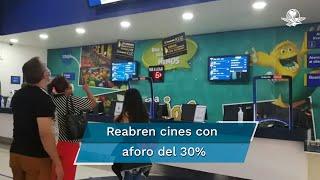 Con letreros, indicaciones, caretas, cubrebocas y sana distancia, los cines de la Ciudad de México reabriron este miércoles 12 de agosto, luego de estar cerrados desde inicios de la pandemia