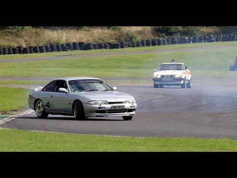 Best Police chase ever. Police Ford Capri Vs Drift car Champion.