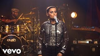 Nelly Furtado - Maneater (AOL Sessions)