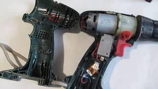 Замена аккумуляторов шуруповёрта Бош 12 вольт на мотоциклетный свинцовый.