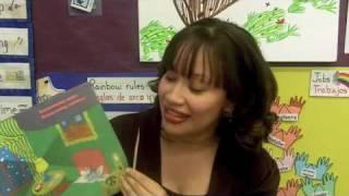 "Marina Velez reads ""Goodnight Moon"" in Spanish"