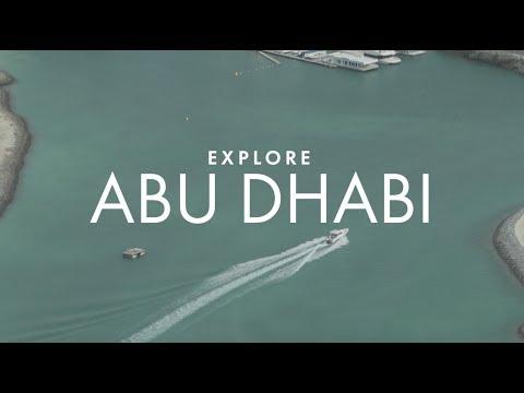 Driving across Abu Dhabi's Empty Quarter
