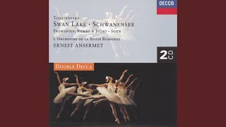Tchaikovsky: Swan Lake, Op.20 - Act 1 - No.7 Sujet - No.8 Danse des coupes (Tempo di polacca)