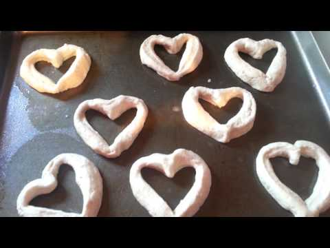 valentine's-day-heart-doughnuts-and-heart-biscuits!