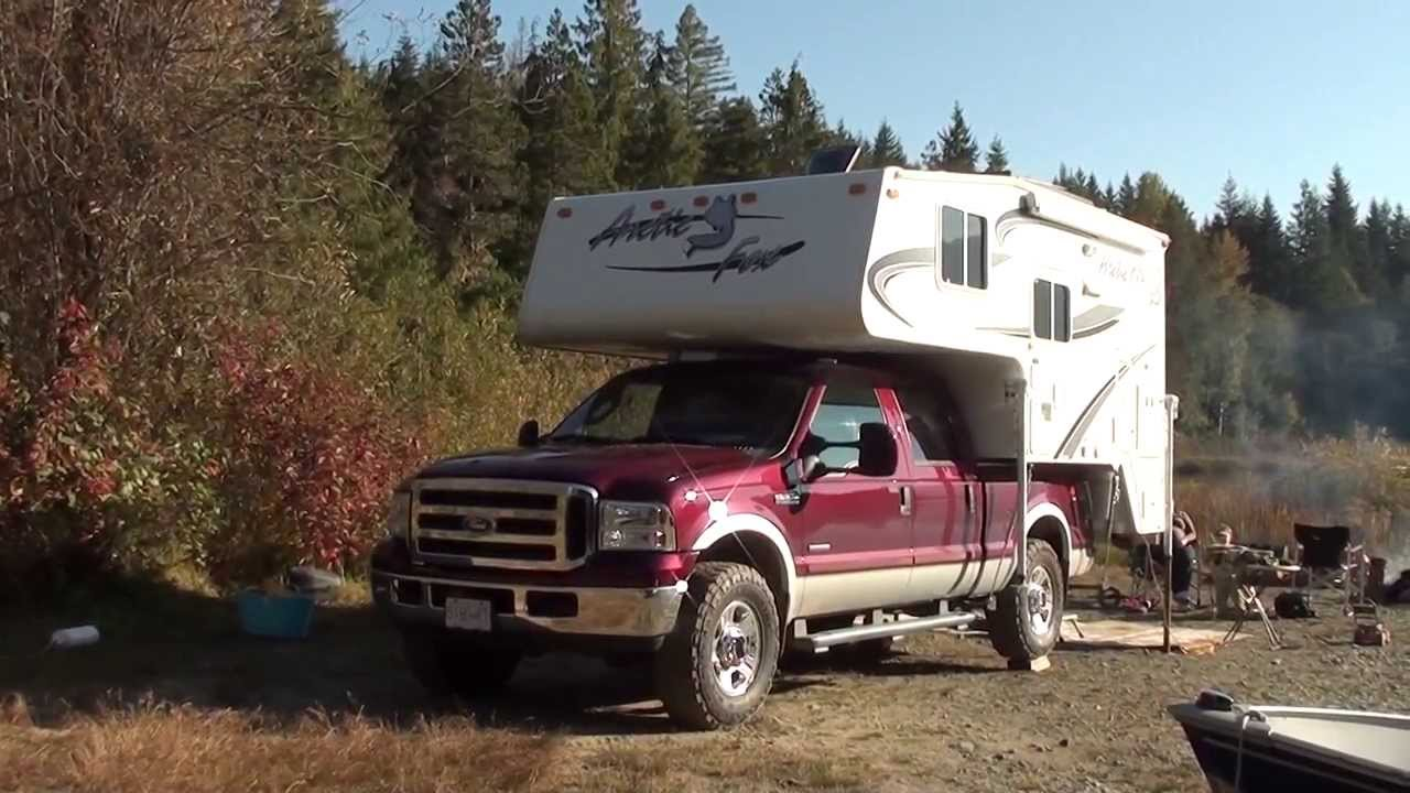 Arctic fox pickup campers