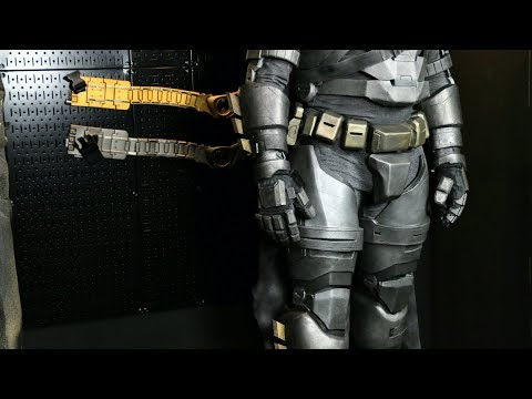 SUIT UP & REVEAL - BvS armored suit is all done!