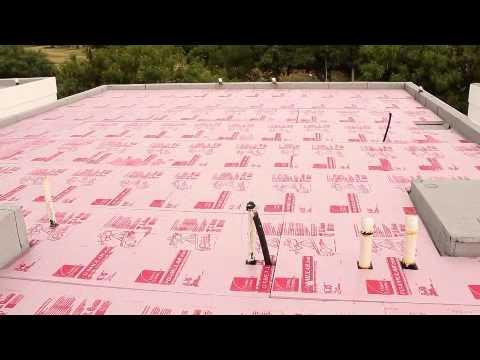 Como aislar un techo termicamente youtube for Como poner chirok en el techo