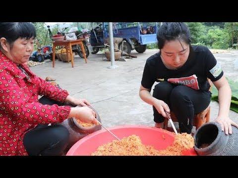 湖北美食:榨辣椒,农村妈妈教你正宗做法,酸辣开胃超下饭!