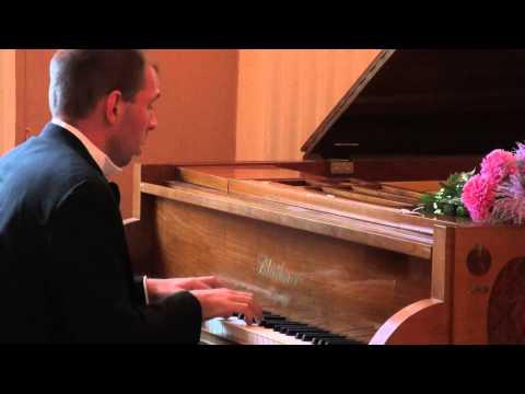 Слушать онлайн Людвиг ван Бетховен - op. 78 Соната для фортепиано №24 фа-диез мажор