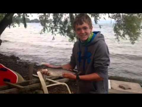 Fishing seneca lake ny youtube for Seneca lake fishing report