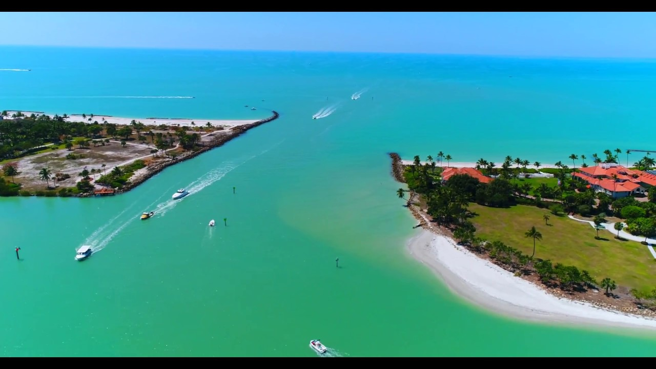hight resolution of the port royal club in naples fl aerial video