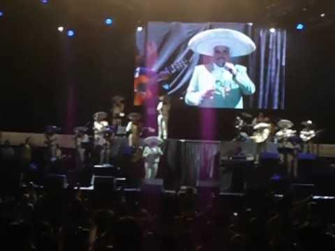 Ver Video de Vicente Fernandez Concierto de Vicente Fernández en Cali 2012