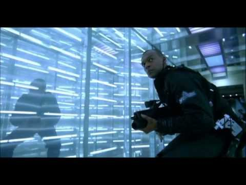 Colin Salmon deaths in Resident Evil and AvP