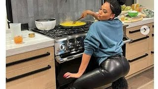Ayesha Curry Shows Off Her Twerking Skills &amp Cook Is She Seeking ATTENTION? THE NAKED WIFE ON SALE