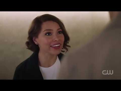 The Flash 5X08 Nora, Iris, & Barry Talk About Time-Travel, Cisco, Caitlin, and Ralph Plan  #2
