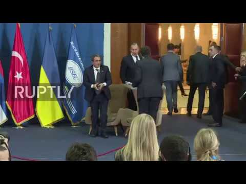 Serbia: Lavrov disputes claims that Russia stopping humanitarian aid to Syria