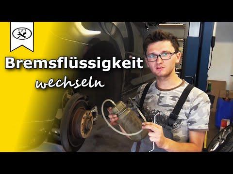 Bremsflüssigkeit wechseln | Brake fluid To Change | VitjaWolf | Tutorial | HD