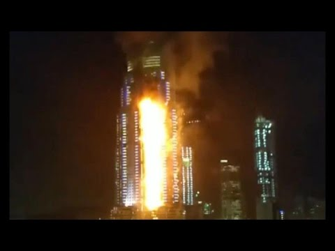 Massive fire at luxury skyscraper in Dubai