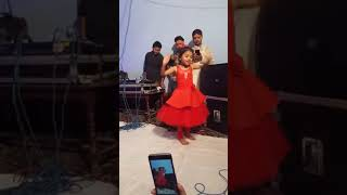 Video Soni Soni Radha Tere bin tera shyam hai adha cute girl dance download MP3, 3GP, MP4, WEBM, AVI, FLV Oktober 2018
