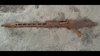 Metal detecting WW2 German MG42 FOUND!!!