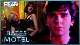 """Norman Brings """"Mother"""" To The Strip Club 