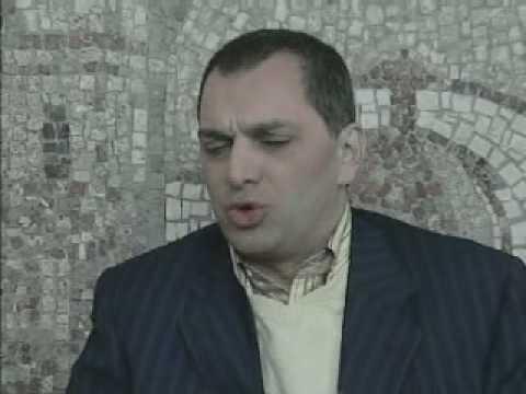 Tv School / Tv Skola - Ruben Papian