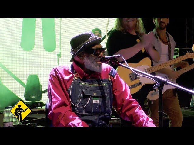 Fannie Mae | Grandpa Elliott | PFC Band live in Salvador