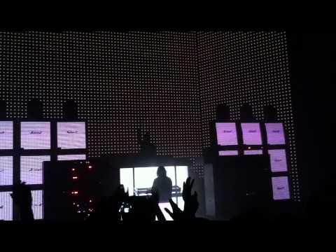 Justice - D.A.N.C.E & DVNO - Live @ O2 Academy Brixton - London - 10.02.2012