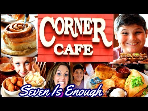 Where To Eat Comfort Food! The Corner Cafe In Liberty, Missouri!  Restaurant Review!