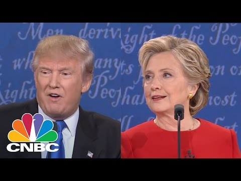 Donald Trump: When Hillary Clinton Releases Deleted Emails, I'll Release Tax Return | CNBC