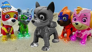 Superhero Paw Patrol Chase became black. Paw Patrol color character