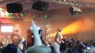 Cheek ft. Jukka Poika - Jossu LIVE @ Naapurinvaaran Huvikeskus