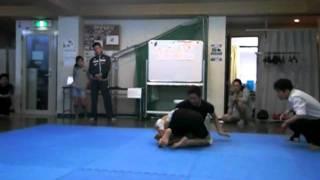 兵庫県尼崎市武庫之荘の「ボクシング&スポーツジムBMC」の2011年10...