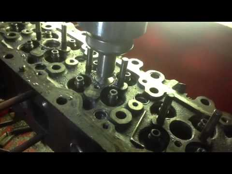 hino jo8c youtube rh youtube com Mercruiser Engine Diagram Mercruiser Engine Diagram