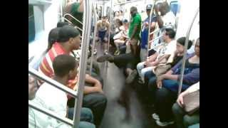 Subway Ent.Fight On The Train