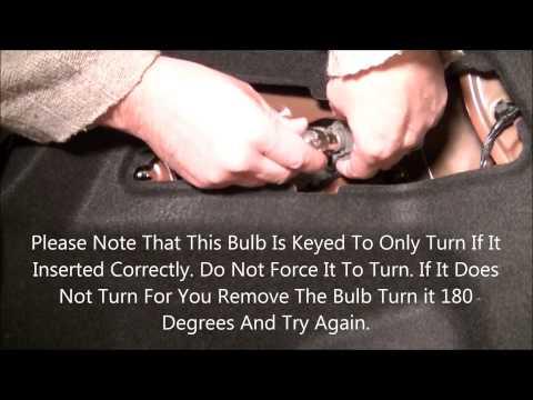 Changing Rear Brake Light Bulb/Lamp Hyundai Sonata