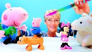 Nicole sihir ile Minnie Mouse ve Peppa'yı büyütüyor. Çocuk videosu