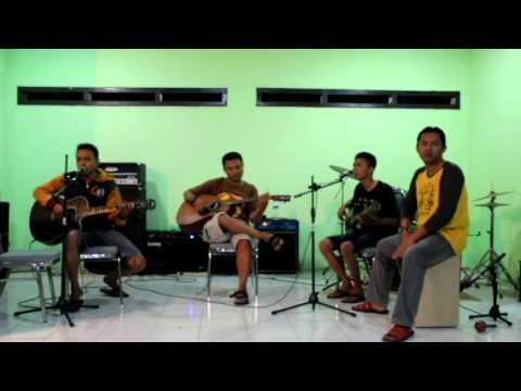 Unplugged Terendap laraku   (NAFF) Cover