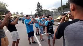 La hinchada de Belgrano en la previa del partido con Talleres